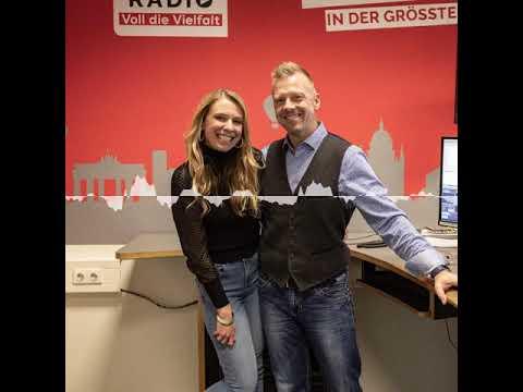 Nena Schink - Unfollow - Wie Instagram unser Leben zerstört - Der BB RADIO Mitternachtstalk Podcast