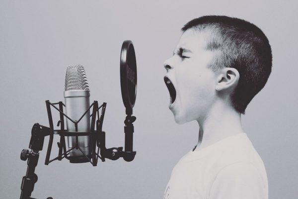 Entwicklungsstufen einer mediatisierten Kindheit
