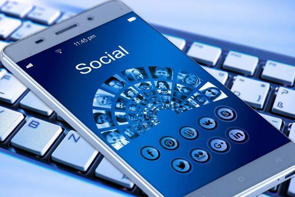 Junge Menschen und Social Media – Eine Mini-Studie