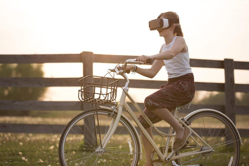 Virtual Reality – Überblick und Grundlagen
